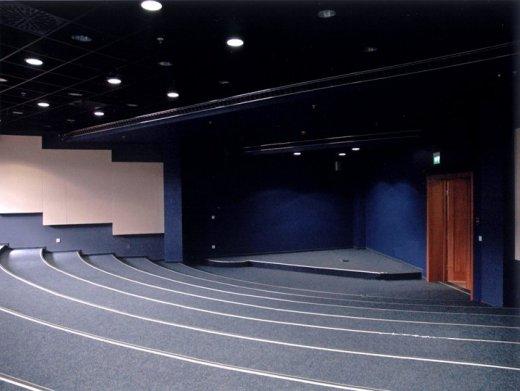 краска для кинозалов, оформление кинотеатров, черная матовая краска