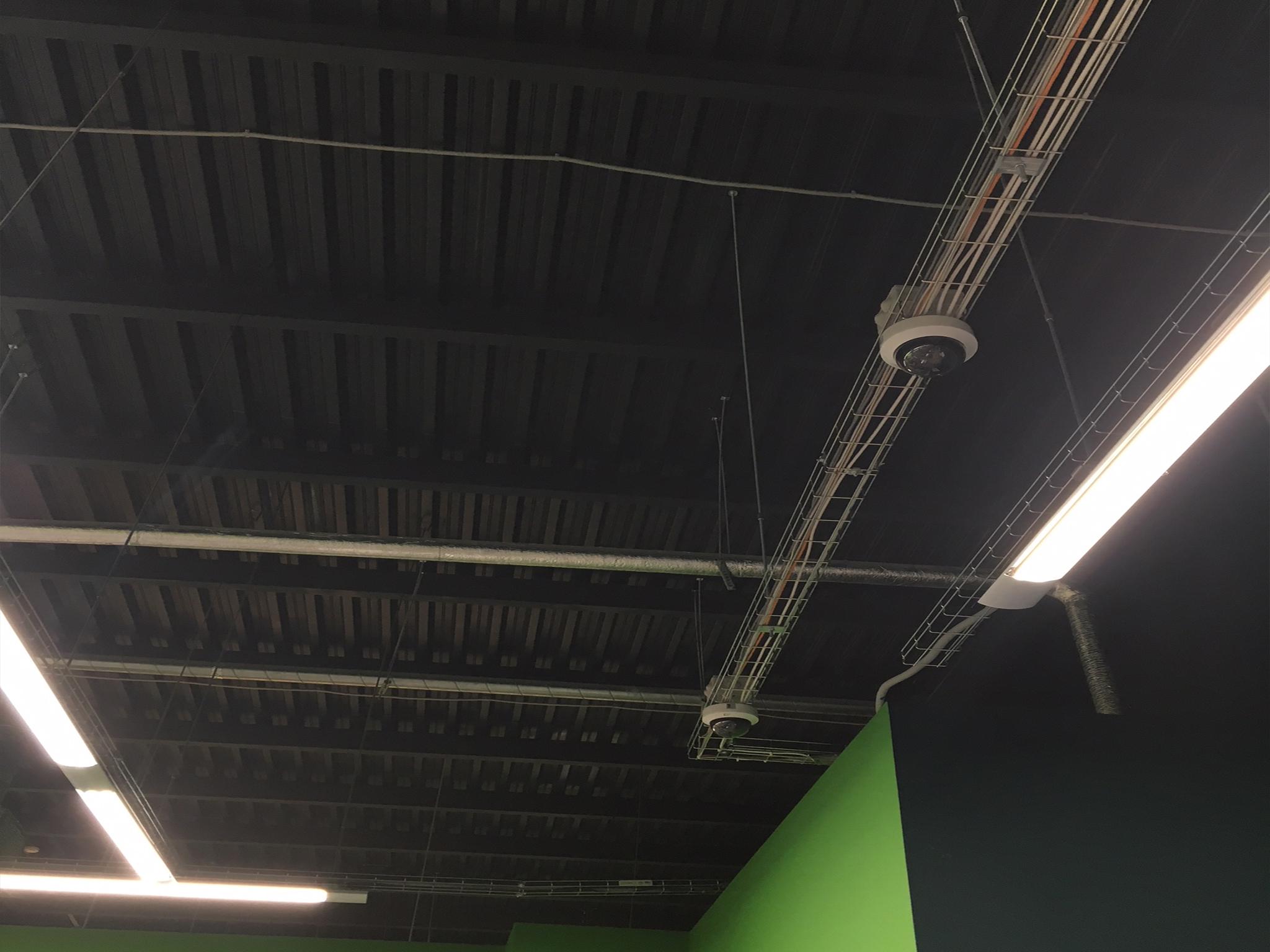Краска чёрная для потолка